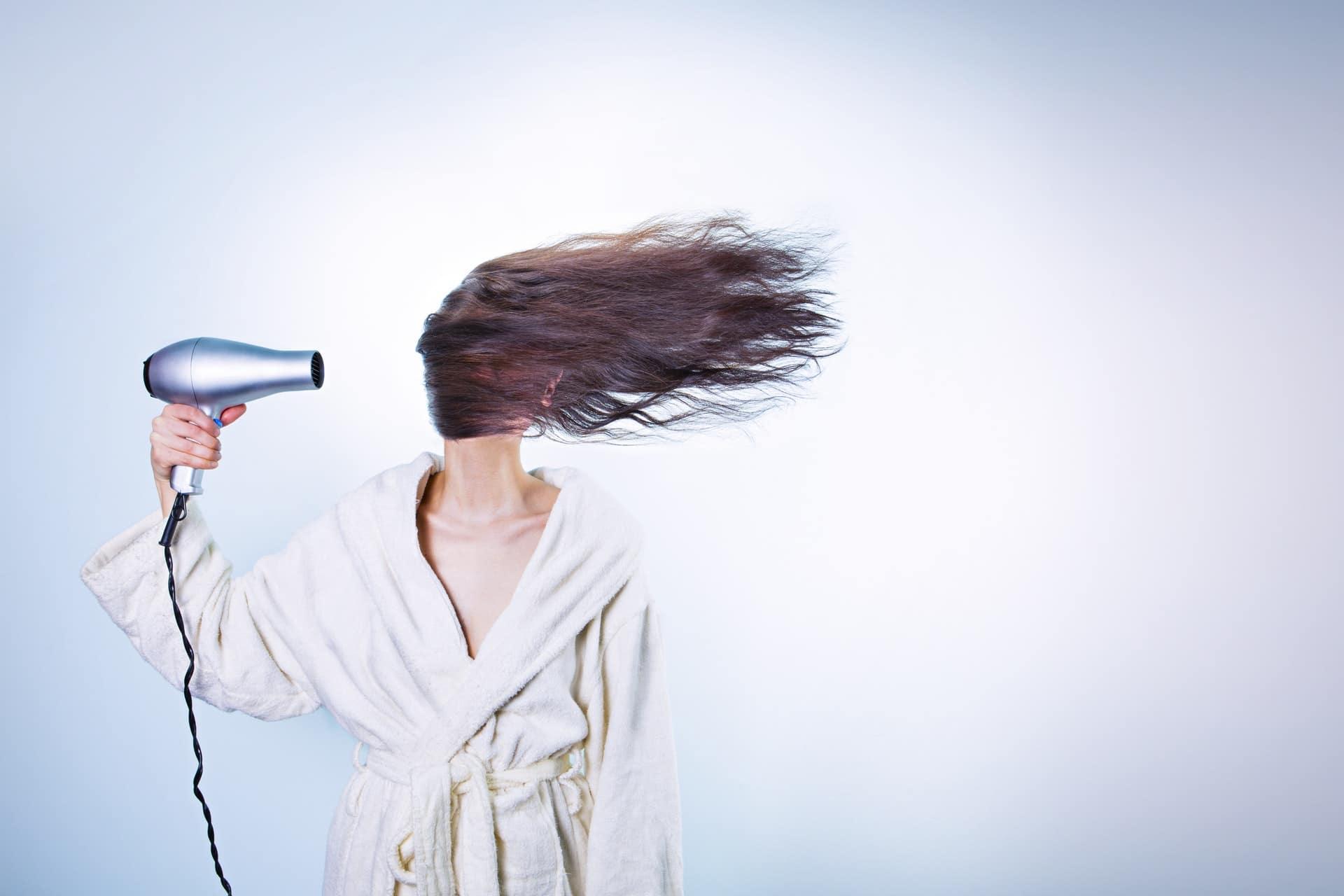 How to Moisturize Hair
